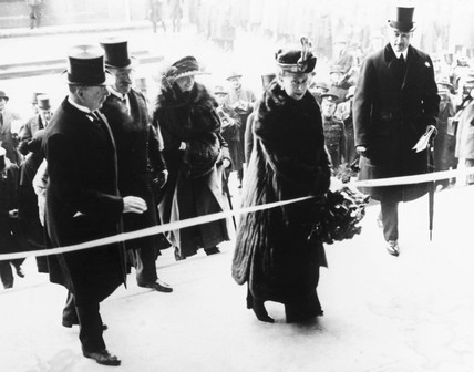 Queen Mary opens Waterloo Station, London, 21 March 1922.