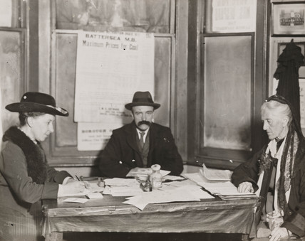 Charlotte Despard planning an election campaign, 1918.