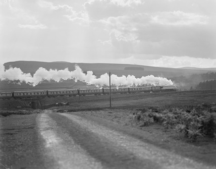 LMS streamlined passenger train, c 1930s.