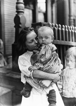 'Little Mother', Pittsburgh, 1909.