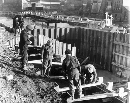 Canal construction, Newark-on-Trent, Nottinghamshire, 1952.