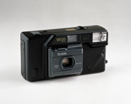 Kodak VR35 camera with built-in flash, c 1986.