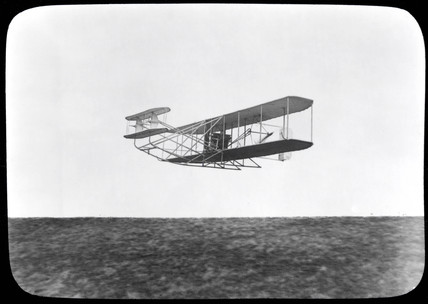 Wright Brothers Type A aeroplane in flight, 24 August 1909.