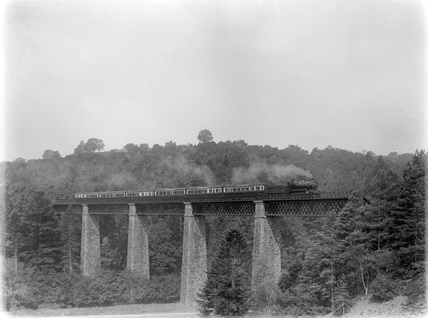 Locomotive no. 6344, Ilfracombe to Padding train on Castle Hill viaduct c.1926. (Arthur A Halls, HALL_G_11).
