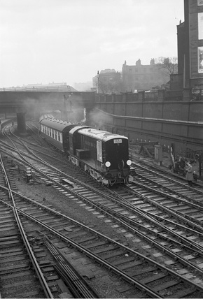 Locomotive no. 10800 leaves Euston for Watford