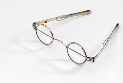Spectacles, early 19th century.