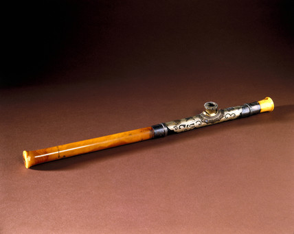 Ivory opium pipe with ornate metal mount, Chinese.
