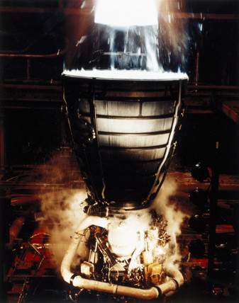 Test firing Space Shuttle Main Engines (sME), 1980s.