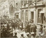 Sir Gilbert Parker unveiling Tablet to General Woolfe, 5 Trim Street, Bath 1909