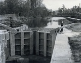 New lock gates at Caen Hill, Devizes c.1980?