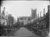 The Vicar's Close, Wells c.1930s