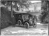 Car and chauffeur, Monkton House, Warminster Road, Limpley Stoke c.1910s