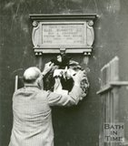 Unveiling a Plaque to Lord Roberts at 9, Queen's Parade, Bath