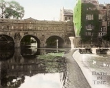 The old weir on the River Avon and Pulteney Bridge, Bath 1960