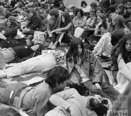 The 1970 Bath Blues Festival, crowds relaxing