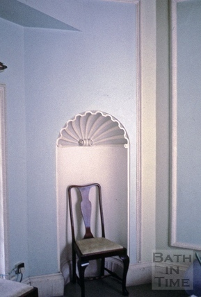 Hot Bath, 'shell niche' in ante room, (interior) 1976