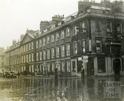 North Parade and the corner of Pierrepont Street 23 Dec 1945