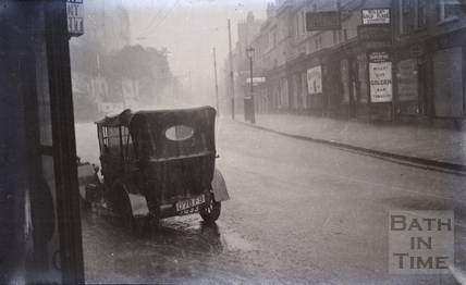 Walcot Street in the rain c.1920s