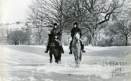 Horse riding in Royal Victoria Park? 18 Jan 1982