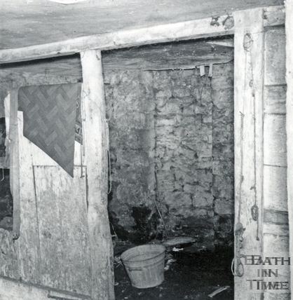 Stables in the basement of No 1 Margaret's Hill March 1964