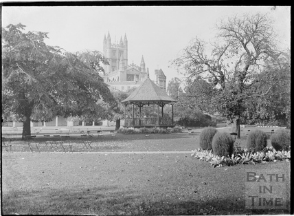 Parade Gardens looking towards the Abbey c.1934