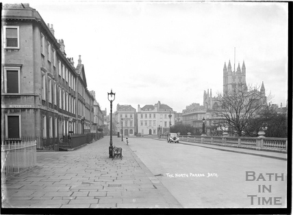 North Parade looking towards the Abbey, c.1930s