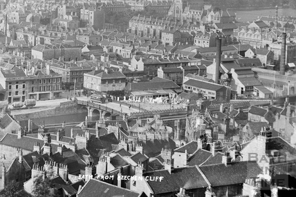 View of Bath from Beechen Cliff, Bath 1906 - detail