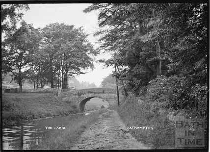The Kennet and Avon Canal and accommodation bridge, Bathampton c.1920