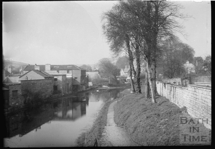 The Kennet and Avon Canal, Bathwick, Bath c.1930