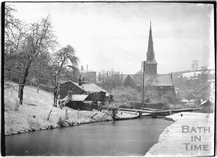 Winter view of the Kennet and Avon Canal, Widcombe, Bath c.1920