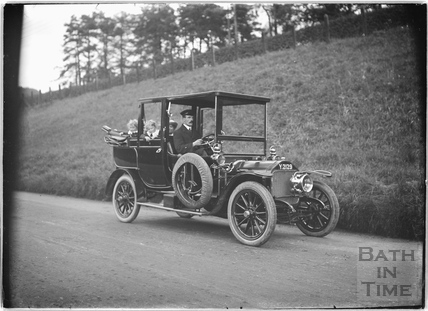 Chauffeur driven car on the Box Road, 25th Sept 1913