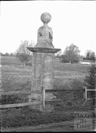 Monument at Maude Heath's Causeway, near Chippenham c.1920s