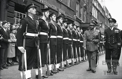 Emperor Haile Selassie inspecting the Guard of Honour in Bath High Street 18 Oct 1954