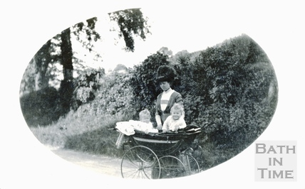 Violet Dafnis with her twins in their pram, Horseshoe Walk, 1912