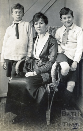 A family portrait - Violet Dafnis and her twin boys 1920