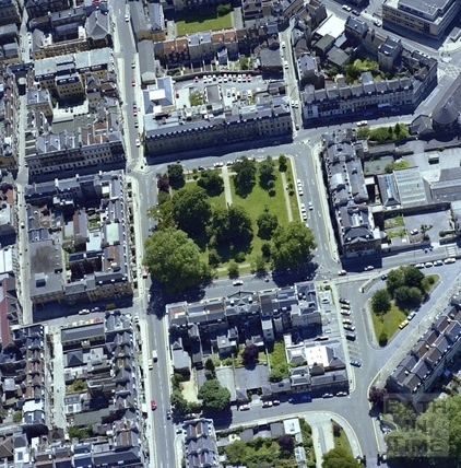 1981 Aerial view of Bath showing Queen Square 29 Sept