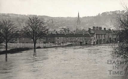 The River Avon in flood, c.1910