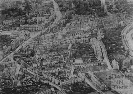 1935 An aerial view of London Road showing the Snow Hill area