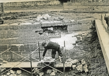 Restoration of brickwork in a lock on the Kennet and Avon Canal c.1974