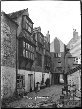 Yard of the Crown Inn, Wells c.1930s