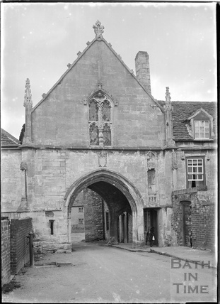 Kingswood Abbey Gate, Kingswood near Wooton Under Edge, Glos, c.1930s