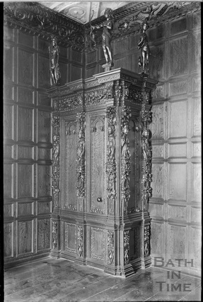 Drawing Room and decorative cabinet, Stockton House, Wiltshire, c.1930s