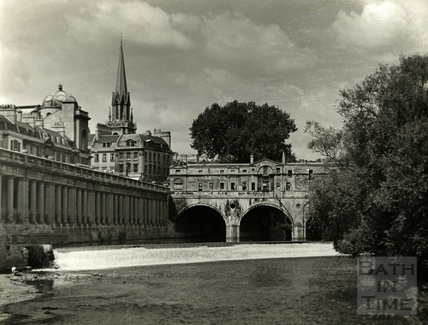 Newmarket Row, the Weir and Pulteney Bridge, Bath, pre 1970s