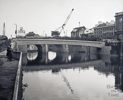 The footbridge and the Old Bridge in the background, 1969
