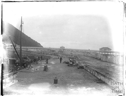 Quay and pier, Minehead, 1926
