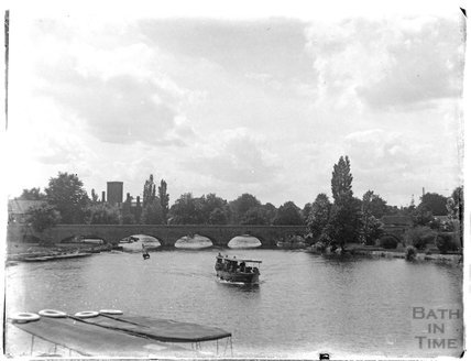 Bridge and river, Stratford on Avon, c.1926-30