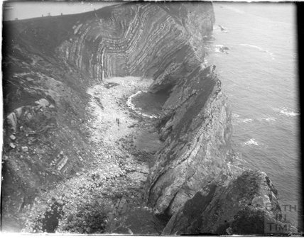 Folding Stairhole, Lulworth Cove, Dorset, c.1924