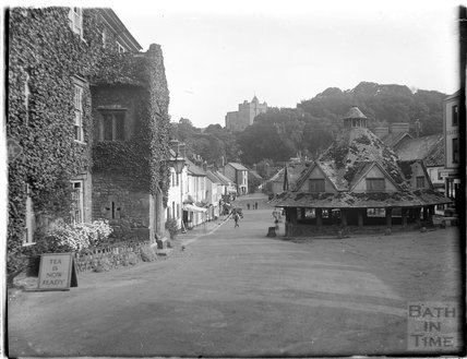 The marketplace at Dunster, Somerset 1924