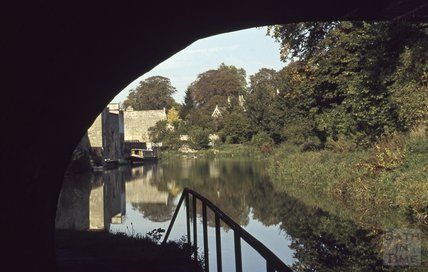 Looking up the Kennet and Avon Canal from under the bridge at Bathwick Hill, Bath 1979
