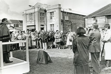 Dedication of memorial at Oldfield Park to those who lost their lives in Air Raids April 1942